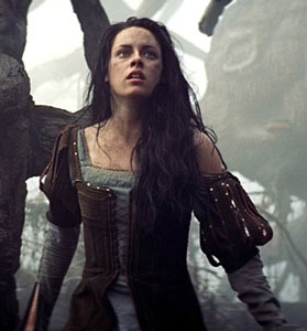 Snow White Kristen Stewart on Kristen Stewart On    Snow White        It   S Been Interesting To