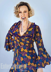 jane-lynch-miss-hannigan-annie