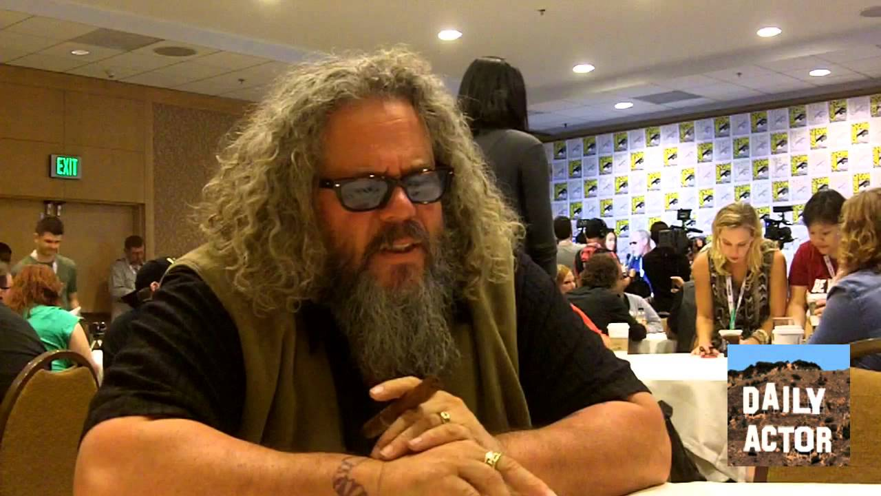 Interview Sons Of Anarchy S Mark Boone Junior And Dayton