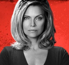 michelle-pfeiffer-the-family
