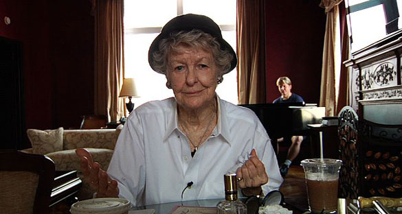 review_elaine_stritch_shoot_me_