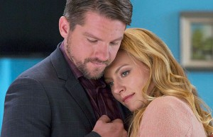 'Weird Loners' starring Becki Newton and Zachary Knighton