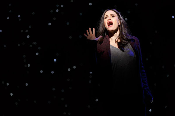 theatre review if then starring idina menzel lachanze