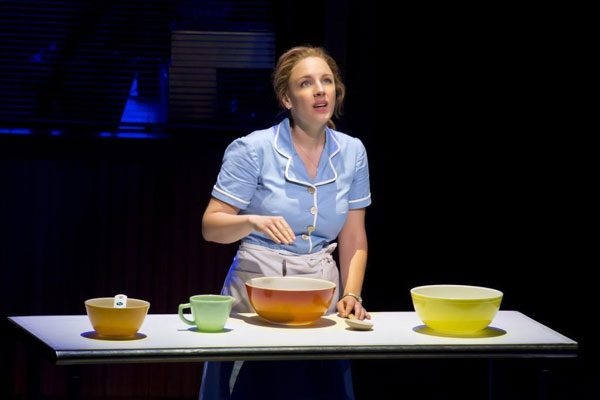 Jessie Mueller in'Waitress'