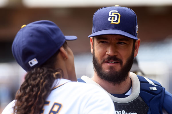 Mark Paul Gosselaar On Pitch Quot The Other Side The