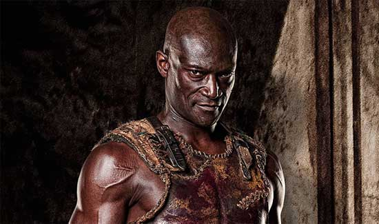 Peter-Mensah-as-Doctore-in-Spartacus-Blood-and-Sand