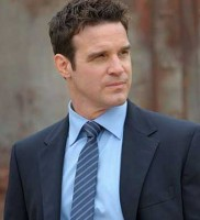 Eddie-McClintock-as-Pete-in-Warehouse-13