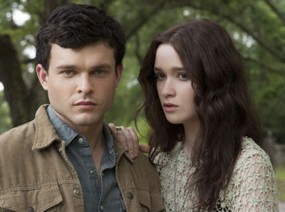 Beautiful Creatures cast, Alden Ehrenreich and Alice-Englert