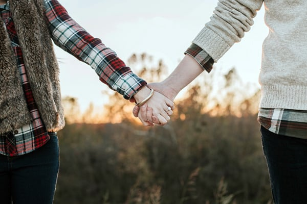 4 Ways to Instantly Fall in Love in a Scene